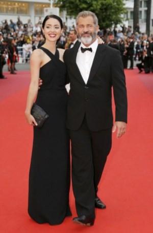 O actor e realizador Mel Gibson e a companheira Rosalind Ross