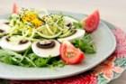 Salada Detox de Manga e Curgette (ver receita no fim)