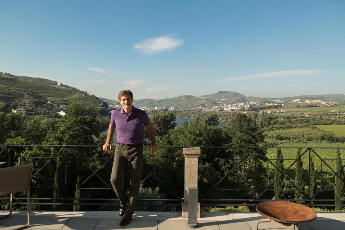 Dr. Oz no Hotel Six Senses Douro Valley o único do grupo Six Senses na Europa.
