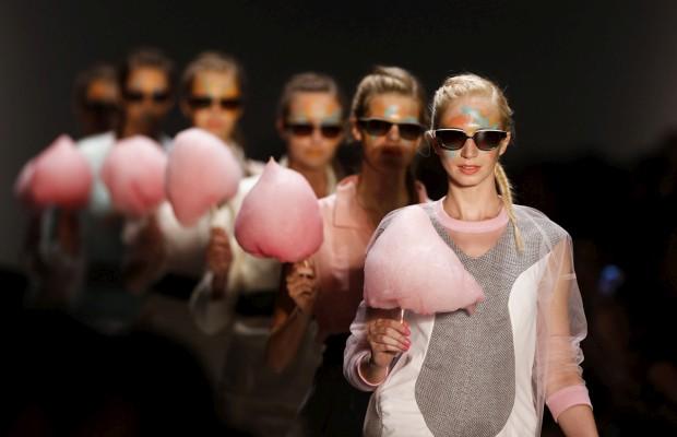 A moda encontra-se com a tecnologia numa nova exposição em Berlim