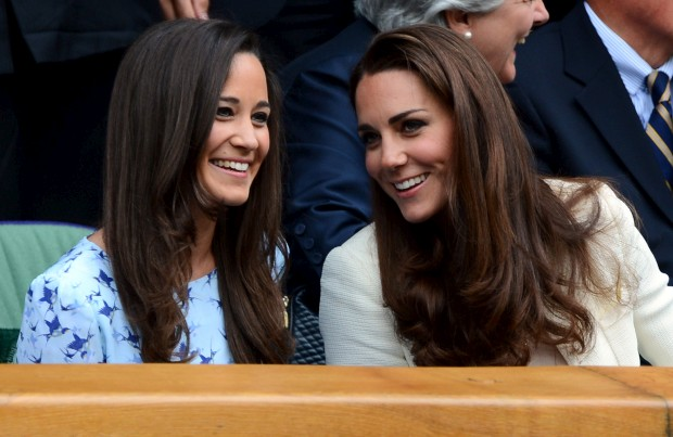 Pippa Middleton com a irmã, Kate Middleton