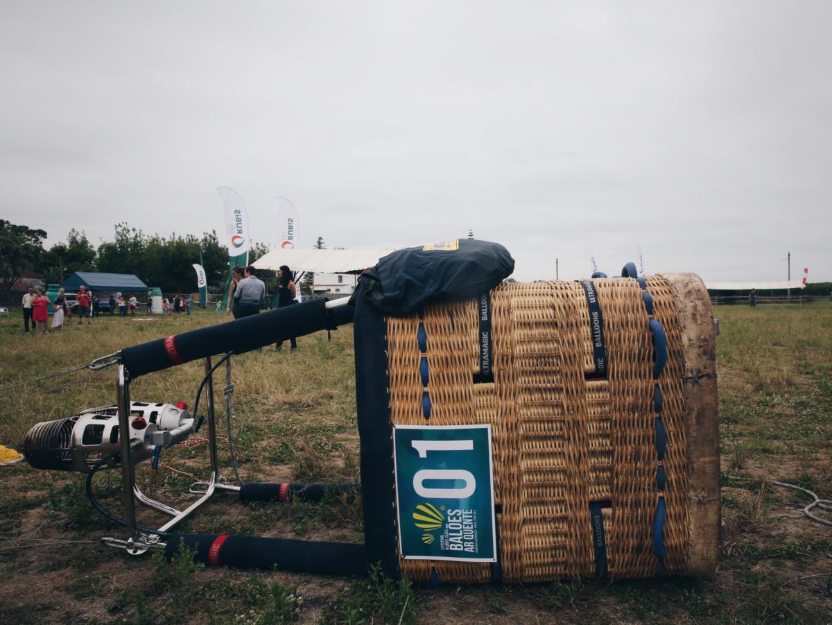 Nos terrenos de Santana, a base do festival de Balões de Ar Quente