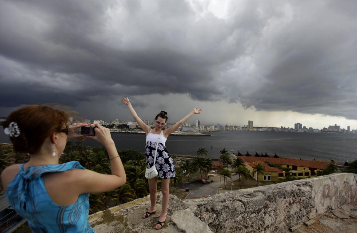Turistas em Havana