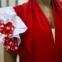 Espanha: Os trajes começava com uma saia base à qual se iam aumentando camadas e folhos