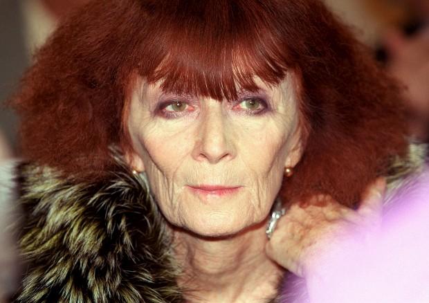 """Morreu Sonia Rykiel, """"rainha das malhas"""" e ícone da moda parisiense"""