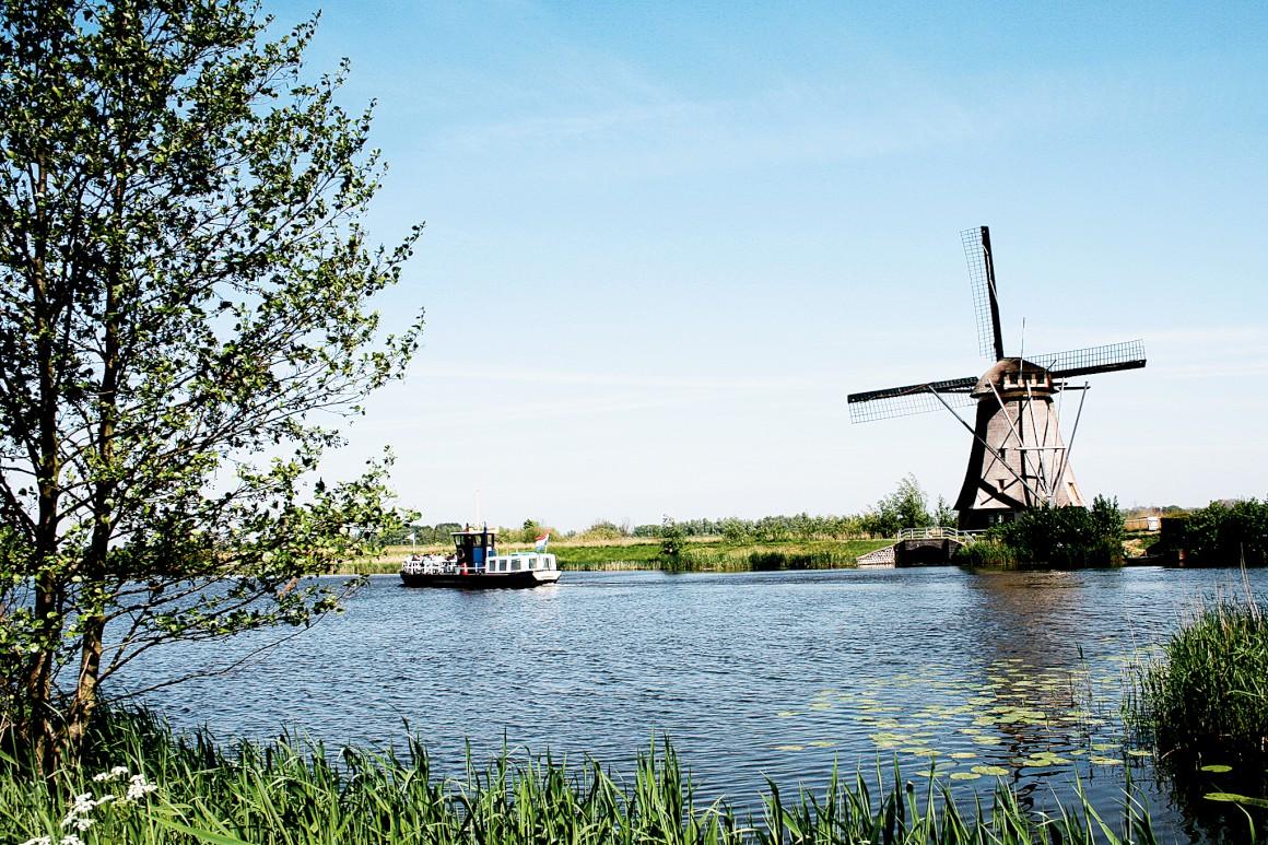 Em Kinderdijk, teremos diante dos olhos daqui a algumas semanas o bilhete- -postal de uma paisagem gélida e branca, com os canais convertidos em pistas de patinagem