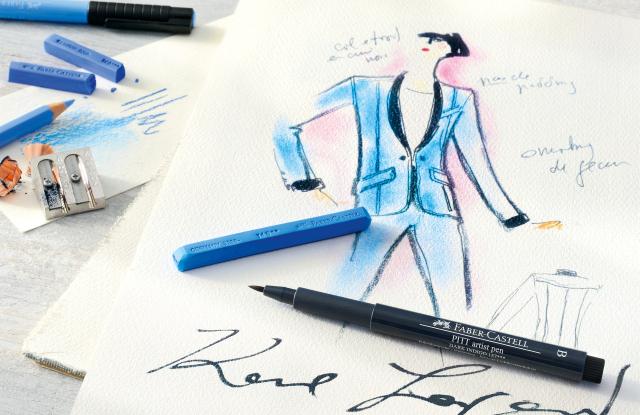 Há uma lista de espera para os lápis de cor de Karl Lagerfeld – custam 2600 euros