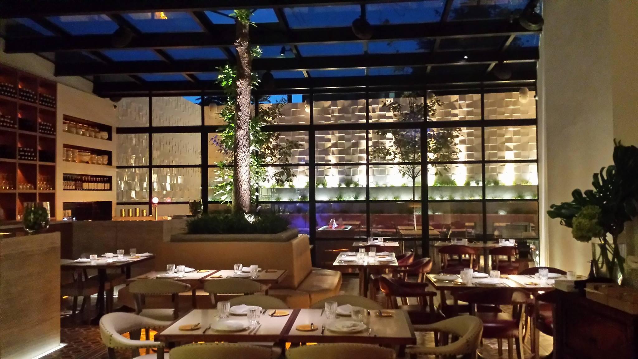 No Facebook, Kiko Martins revela a primeira foto do novo restaurante O Asiático