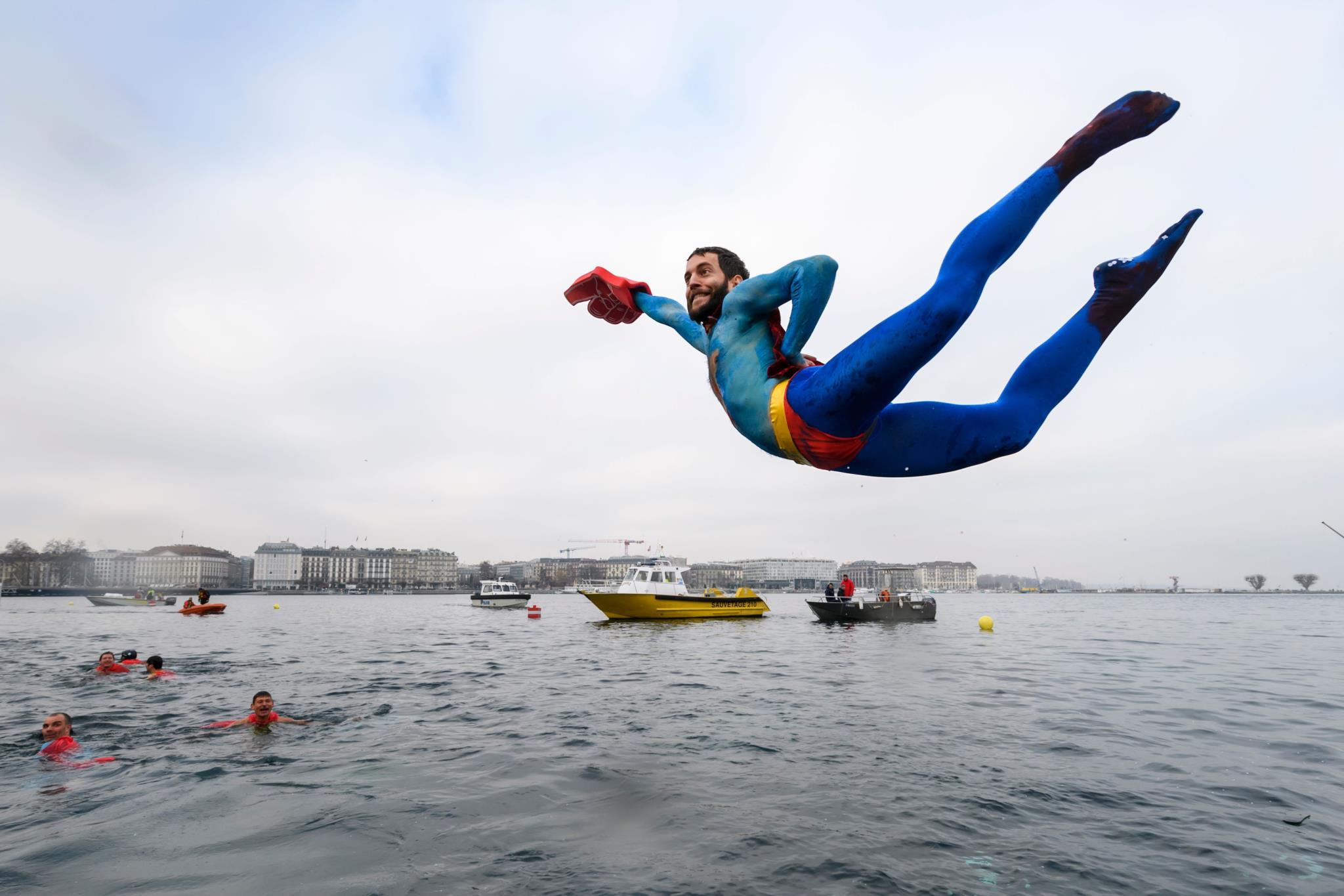 78.ª edição da competição de natação  <i>Coupe de Noel</i> (Torneio de Natal) em Genebra, Suíça