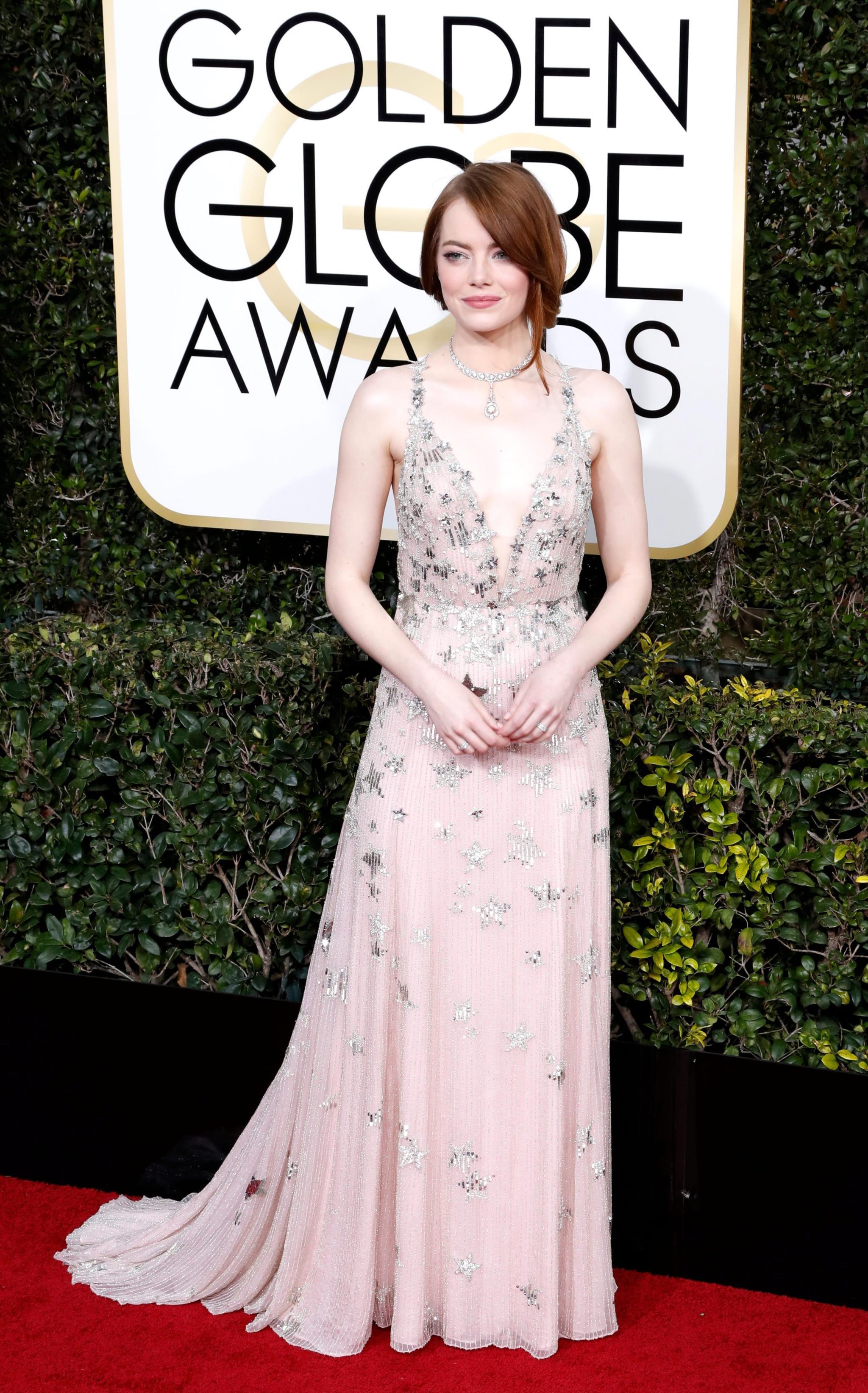 A vencedora do Globo de Ouro de Melhor Actriz em comédia, Emma Stone, escolheu um