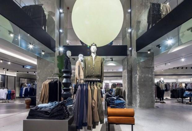 A nova loja da Mango tem quatro andares e três entradas