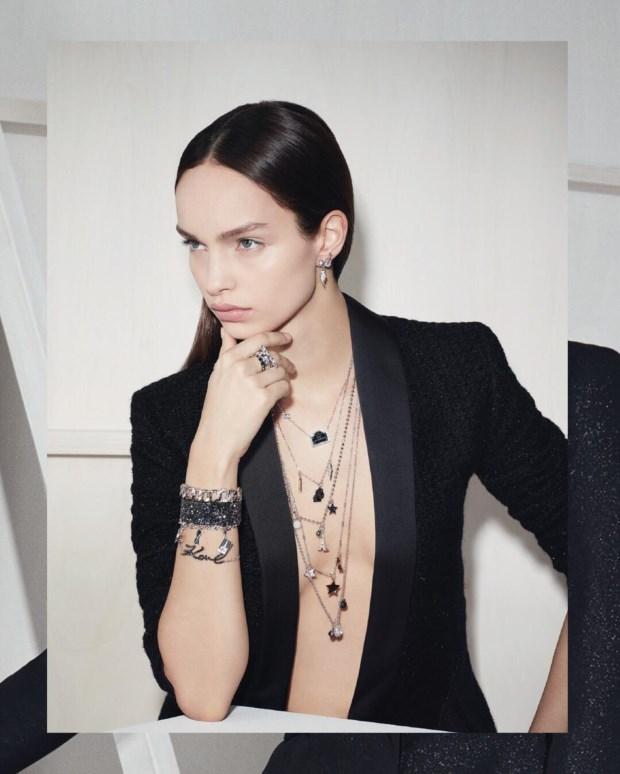 A colecção de Karl Lagerfeld e Swarovski chega às lojas em Setembro