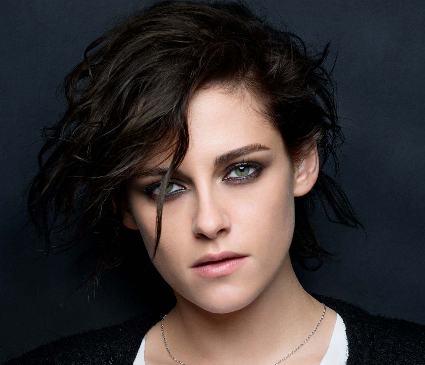 Kristen Stewart é o rosto da campanha do novo perfume da Chanel