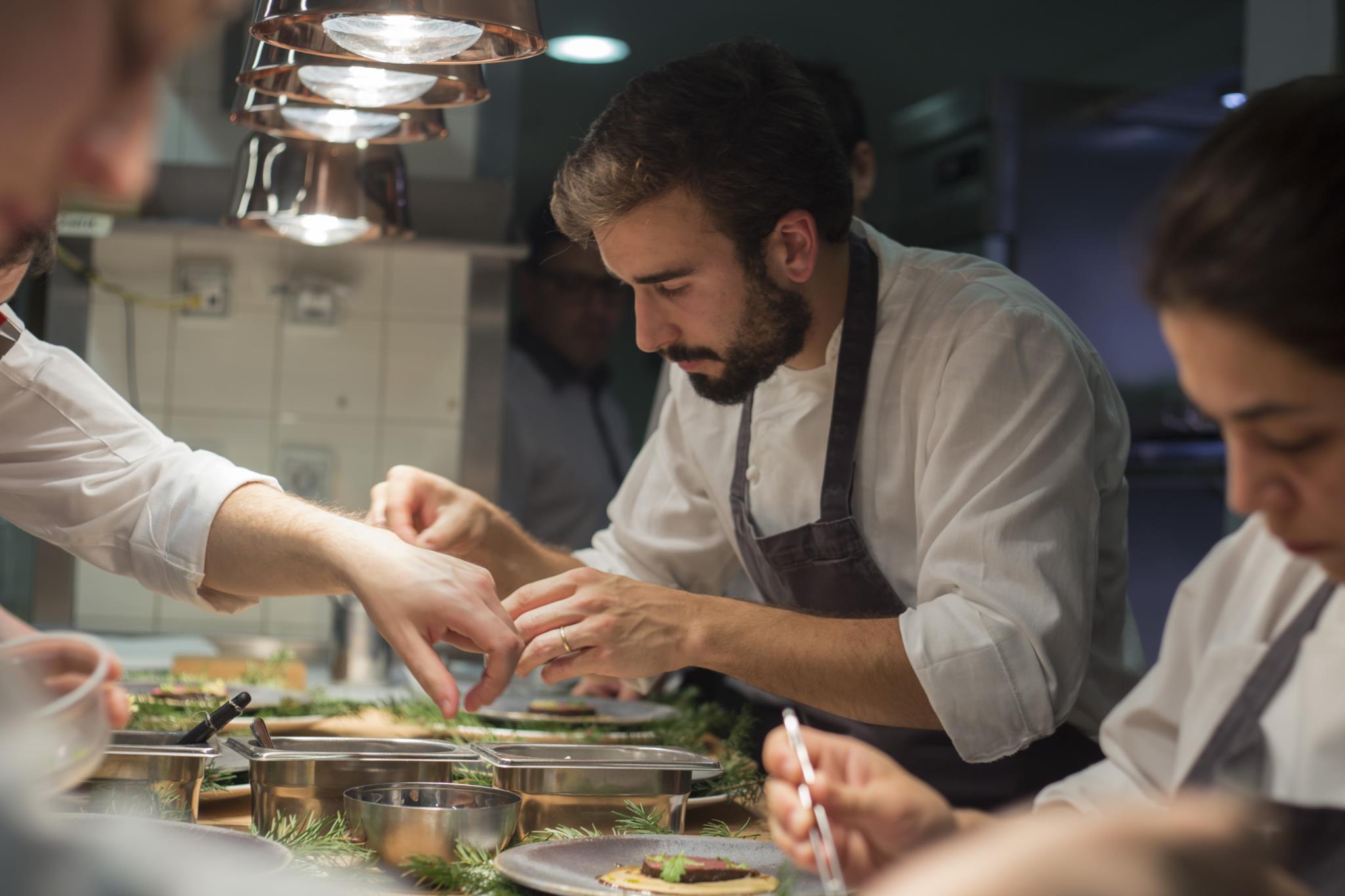 Pedro Pena Bastos na cozinha do Esporão