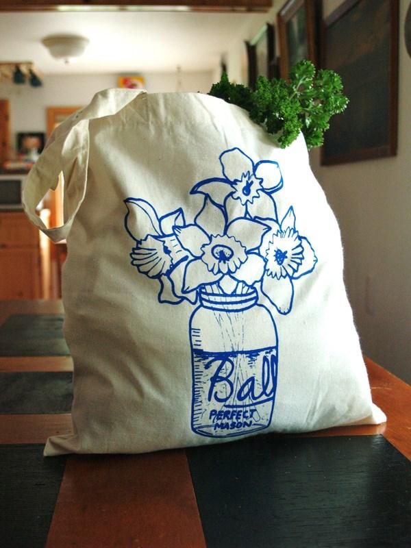 Veio para ficar a tendência de malas ecológicas muito utilizadas para ir às compras.