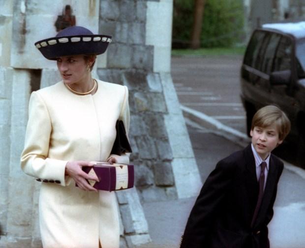 A princesa Diana com o filho mais velho, William, em 1992