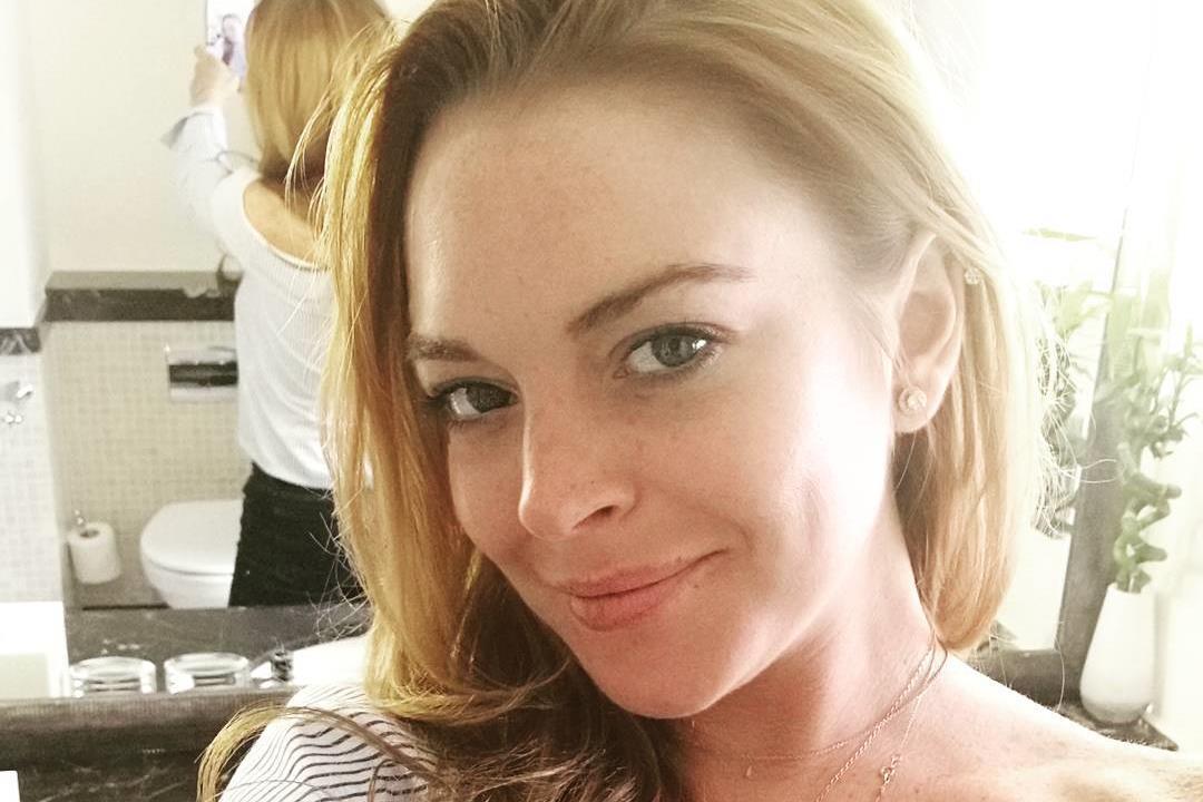 """Lindsay Lohan está num """"período de renovação"""" – e lançou um site de life&style"""