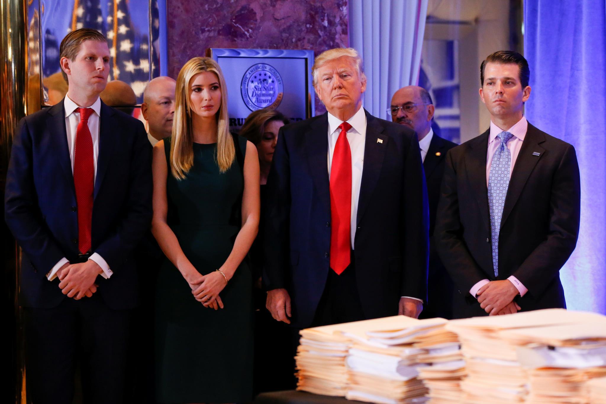 O Presidente com três dos seus cinco filhos. Tiffany raramente aparece junto do pai