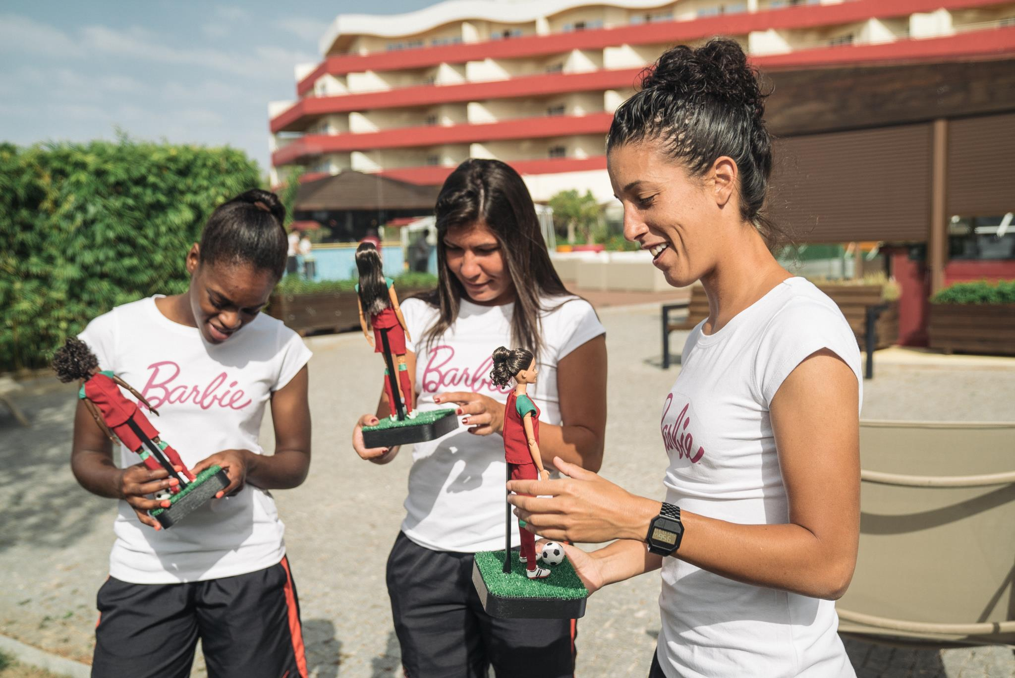 Diana Silva, Ana Borges e Cláudia Neto receberam Barbies criadas à sua imagem
