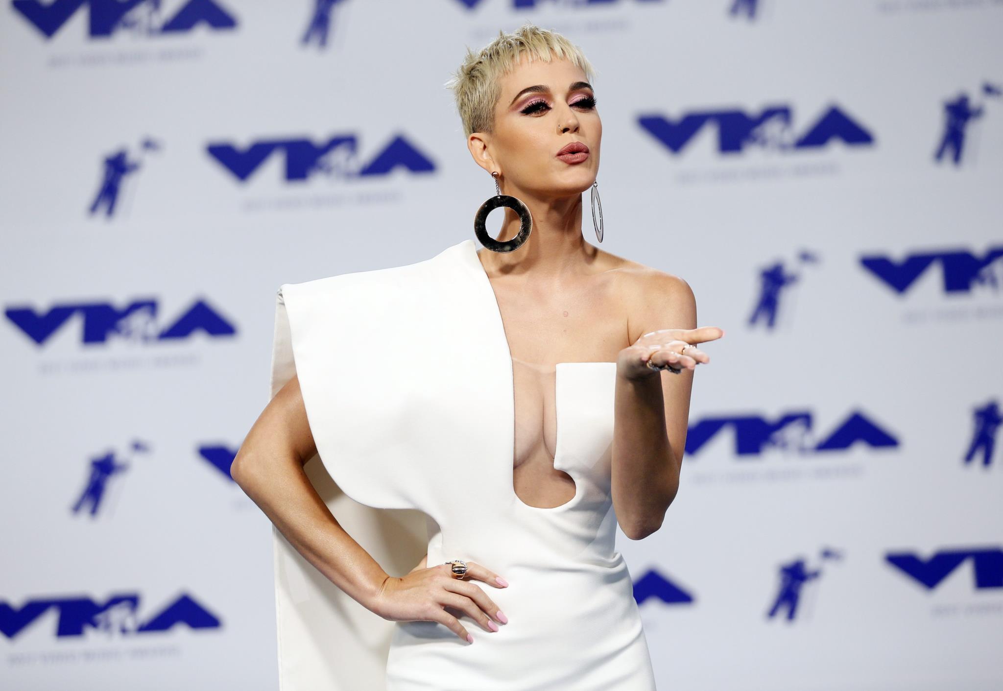 Katy Perry, em Stephane Rolland