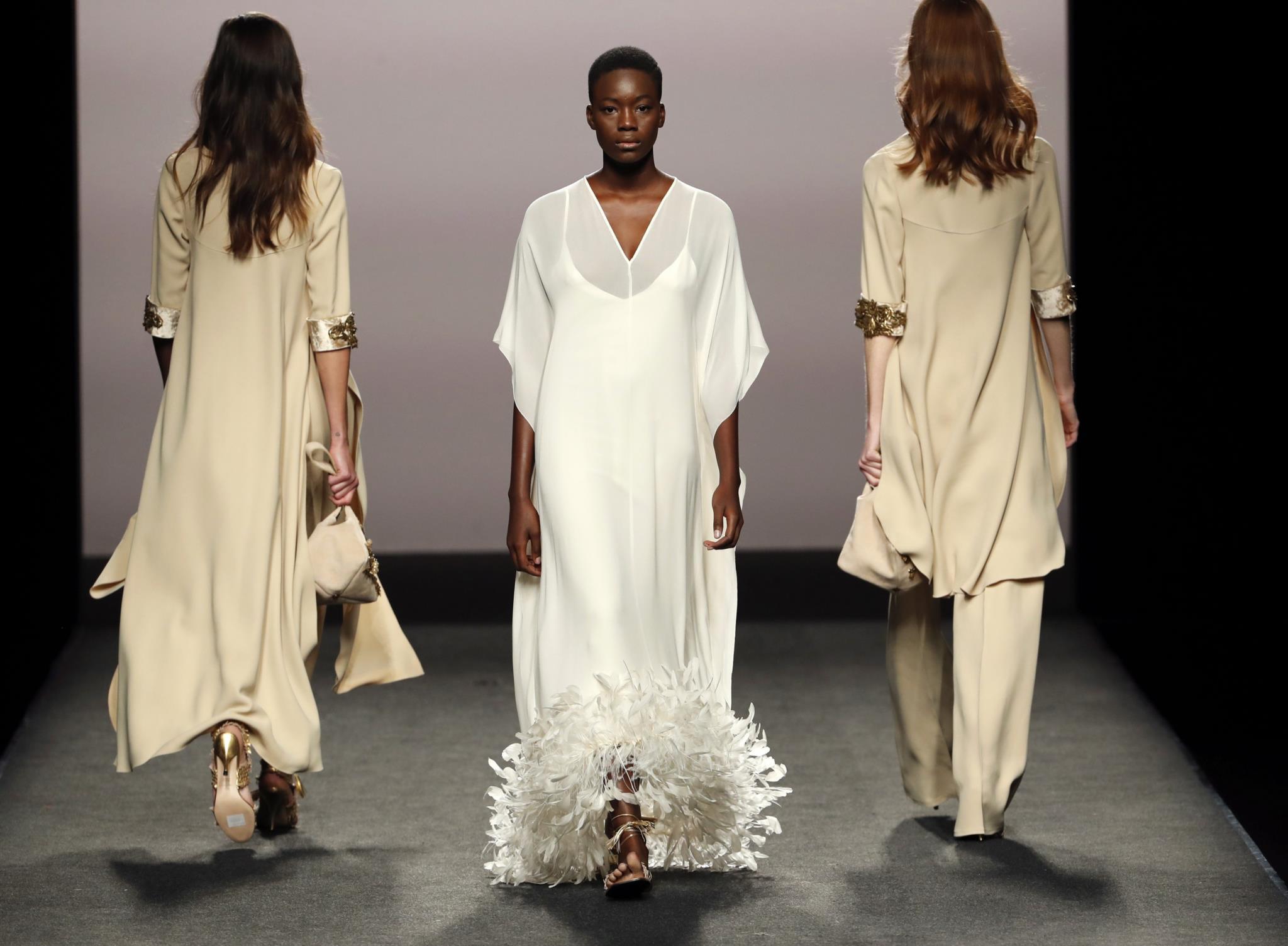 Carlos Ramos, Ana Trindade e Nuno Beja expõem fotografias sobre moda