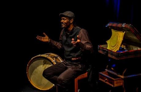 Ângelo Torres traz histórias e contos tradicionais da Guiné Equatorial