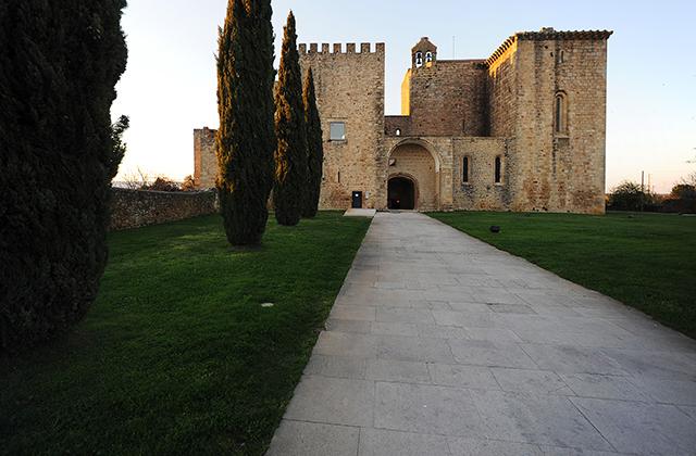 Mosteiro de Santa Maria de Flor da Rosa, no Crato