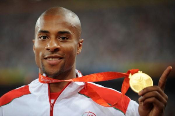 <p>Nélson Évora não dedica uma especial atenção ao seu ouro olímpico</p>