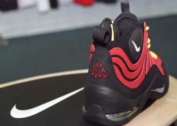 A Nike teve de retirar do mercado um modelo cujo logótipo se assemelhava à palavra