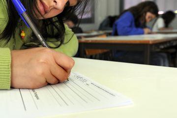 O número de horas de aulas voltou a diminuir este ano, depois de ter aumentado entre 2000 e 2010
