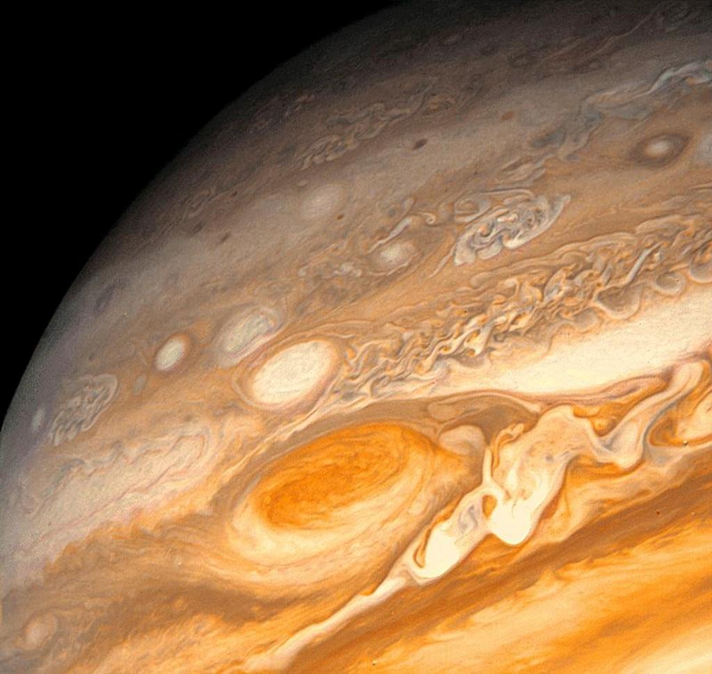 A Voyager 1 fotografou Júpiter (na imagem) e Saturno antes de iniciar a missão interestelar