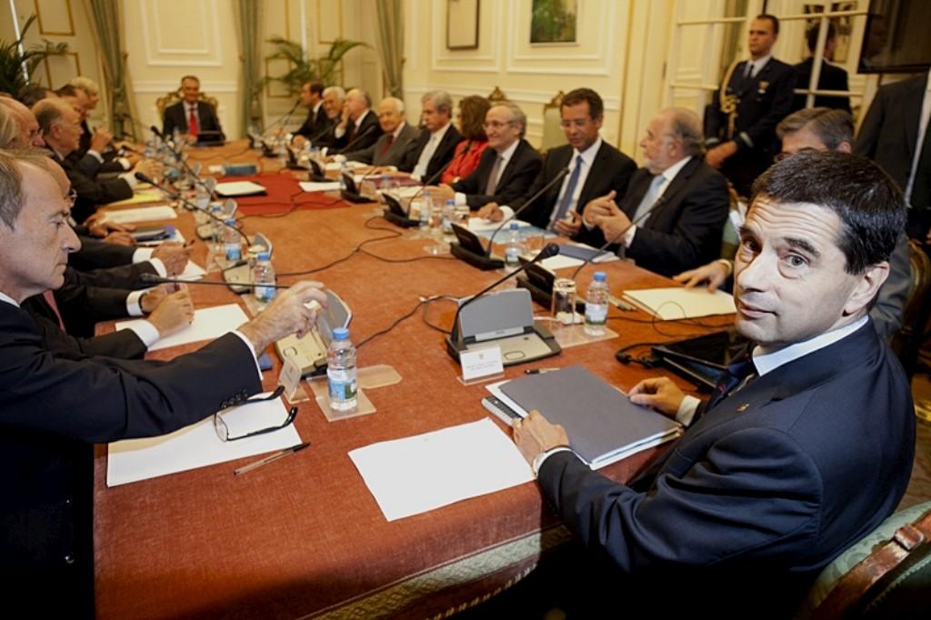 """Governo disse estar disposto a """"estudar alternativas à alteração da TSU"""""""