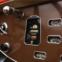 1931 Pierce-Arrow Model B125 Roadster. Este Model B125 Roadster exibe as emblemáticas características da marca: faróis montados nos guarda-lamas, três farolins traseiros agrupados e o arqueiro como mascote de radiador.