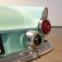 1955 Ford Thunderbird. O distinto. Um automóvel distinto e luxuoso, que criou, na década de 1950, um segmento de mercado específico nos EUA.