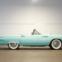 1955 Ford Thunderbird. O equipamento de série incluía direcção assistida ou até mesmo bancos de regulação eléctricos – um mimo para a época. €30.000 - €40.000