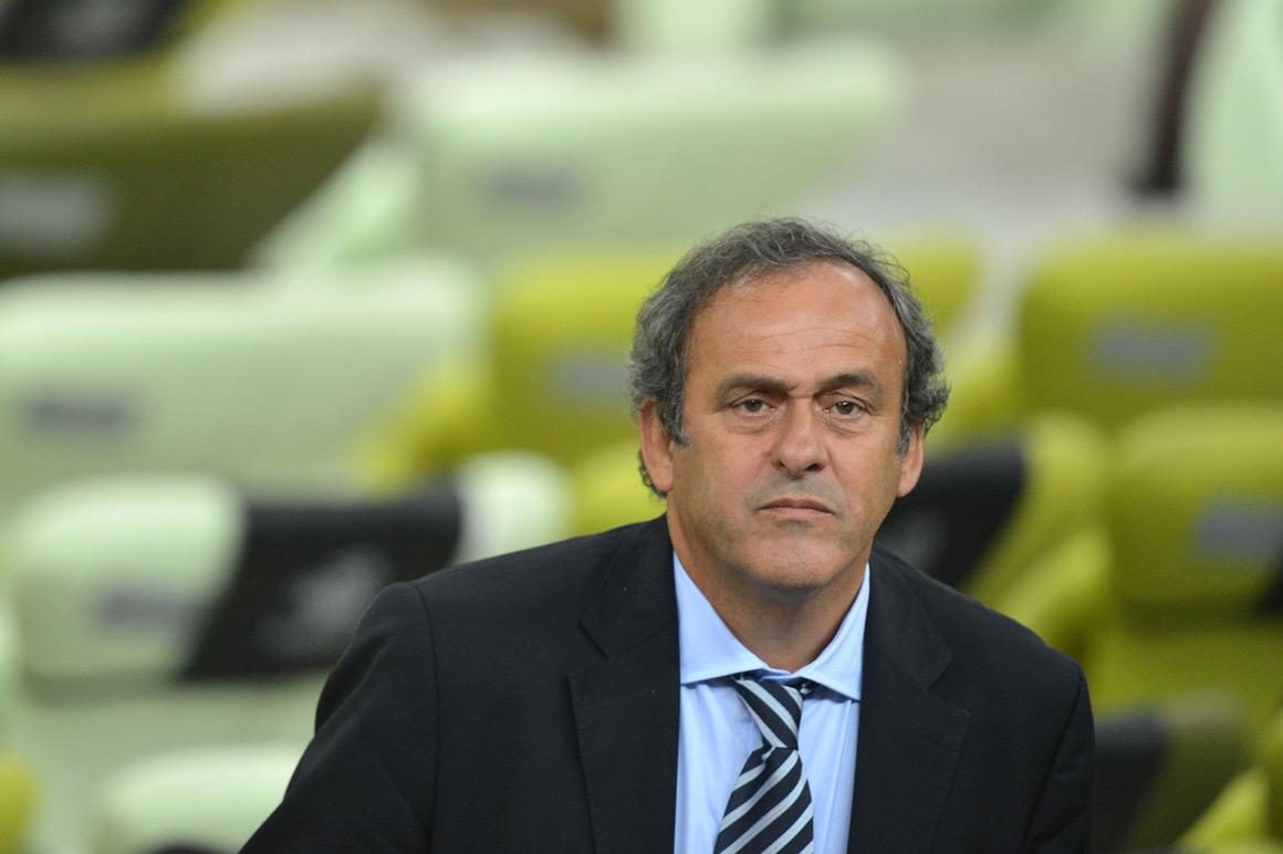 Platini admite mudar formato das competições europeias em 2015