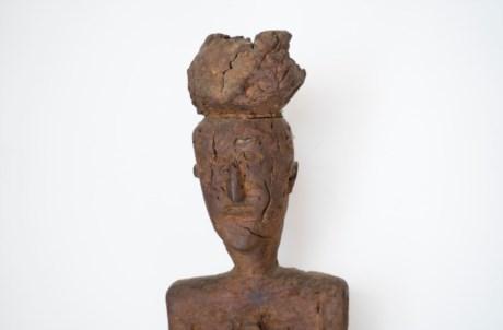 Escultura em castanheiro de José de Almeida