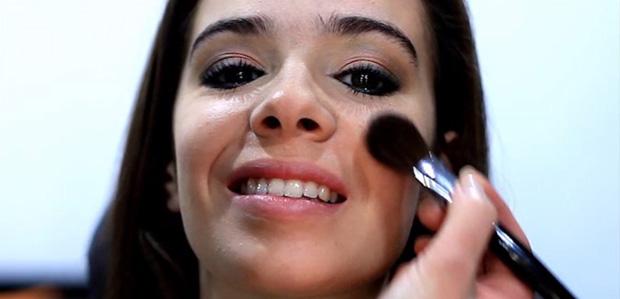 A maquilhagem para usar no dia dos 18 anos