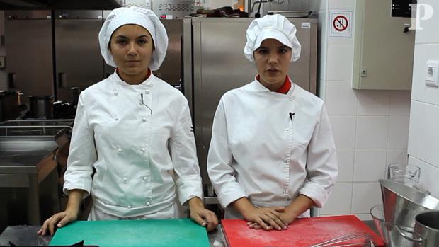 Fundo de aves pelos mini-chefs