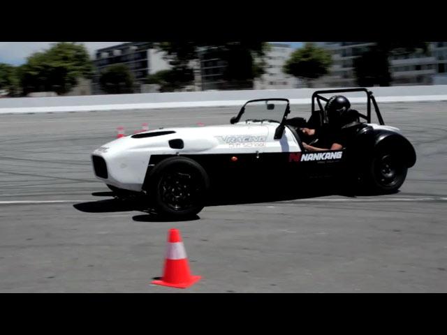 A paixão pelos carros acelera no Porto Extreme Spot