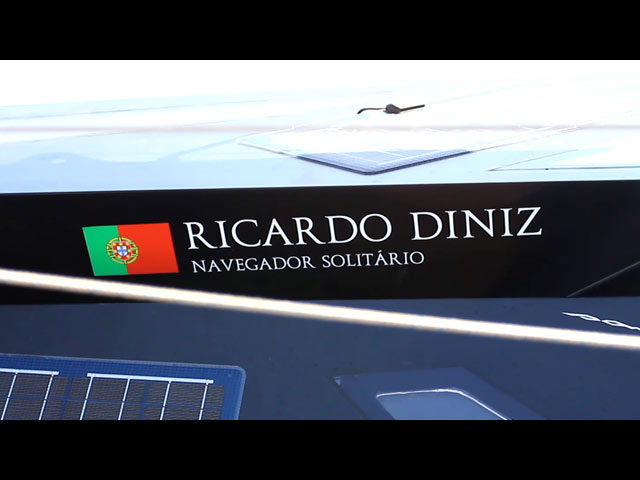 Um mês a bordo para divulgar o mar português
