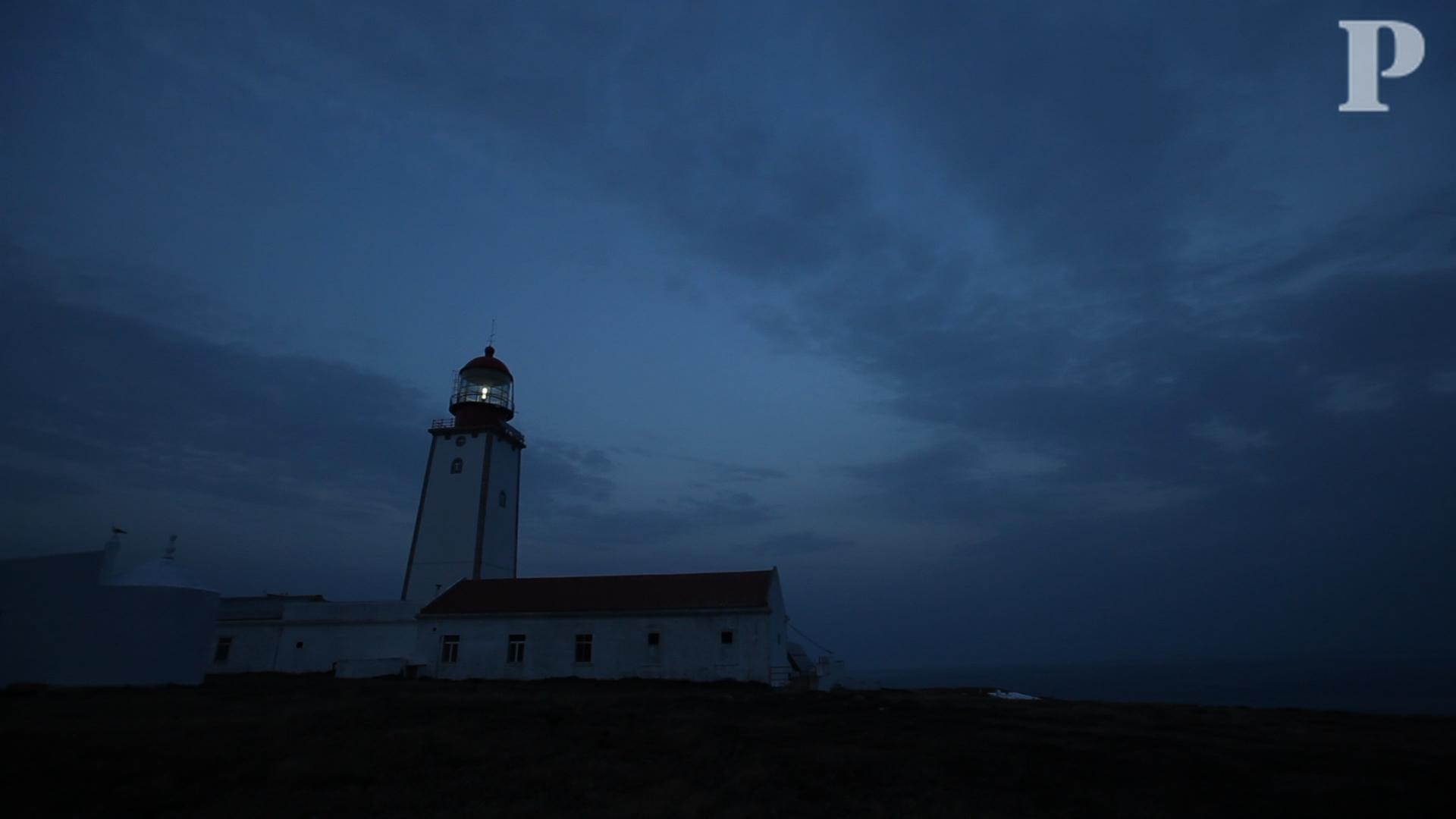 Série Mar Português: Sentinela de luz na ilha das gaivotas