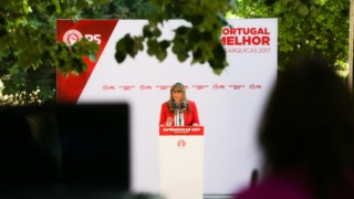 A candidata do PS à Câmara de Évora visitou na manhã desta terça-feira bairros sociais.