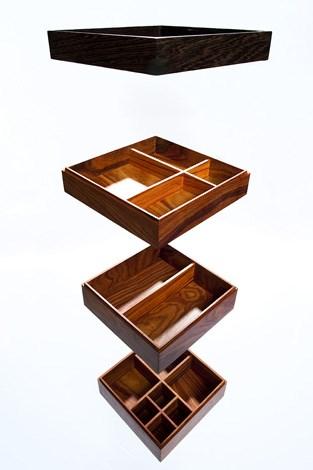 Os vários andares da caixa de jóias RG05 DR