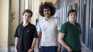 Bernardo Parreira, José Pedro Santos e Manuel Tovar fundaram a Book in Loop em 2016 Nuno Ferreira Santos