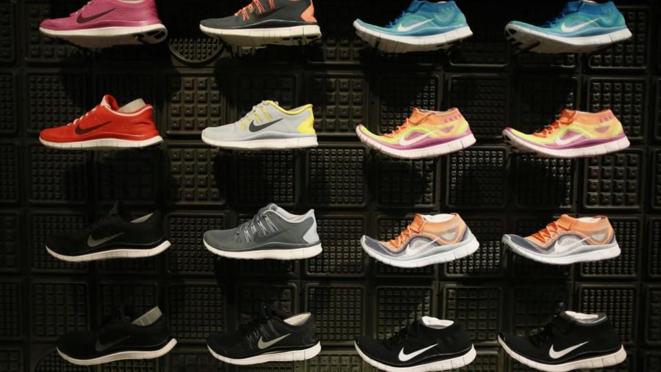 Uma sapatilha rebentada fez a Nike cair na bolsa de valores