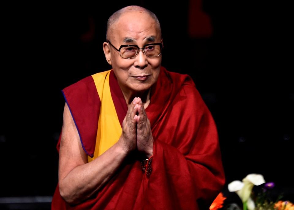 Líder espiritual tibetano Dalai Lama teve alta hospitalar | Dalai ...