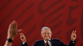"López Obrador e o seu gesto na conferência de imprensa: ""Sou dono do meu silêncio"""