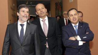 Luís Correia (à esquerda)