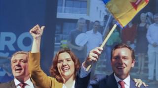 Rui Barreto é o líder do CDS  na Madeira, na foto à esquerda de Assunção Cristas